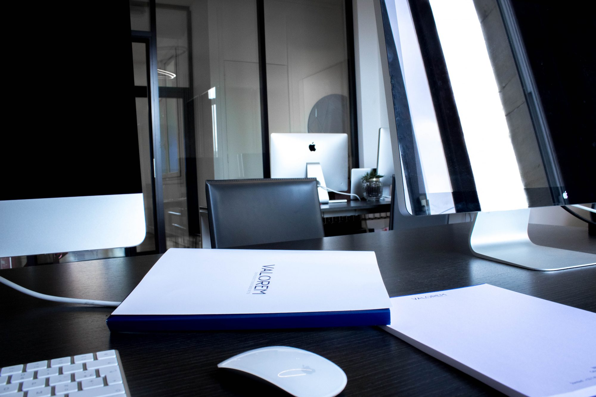 recrutement valorem investissements. Black Bedroom Furniture Sets. Home Design Ideas